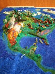 5th grade needle felted map from Toronto Waldorf school- NA geography!  I so want to  do this with my kids!
