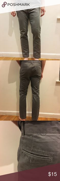 Joe Fresh mens pants Lightly worn, still a lot of life left! 100% cotton, slim cut. Feel free to make an offer! all my prices are flexible :). i also include any $10 and under item for free with any purchase! Joe Fresh Pants