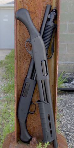 the Remington Model 870 Unless you've been living under a rock, you've heard about the two new barrel 12 gauge firearms from Mossberg… Weapons Guns, Guns And Ammo, Airsoft Guns, Remington Model 870, Remington 870 Tactical, Armas Airsoft, Tactical Shotgun, Fire Powers, Military Guns