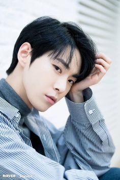kim doyoung is really climbing up my list Winwin, Taeyong, Jaehyun, Nct 127, Johnny Seo, Nct Doyoung, Sm Rookies, Mark Nct, Kim Dong