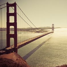 Wouldn't this be an awesome place to run? Gold Gate, Best Cities, Golden Gate Bridge, The Places Youll Go, Places To See, Places To Travel, Travel Around The World, What A Beautiful World, Beautiful Places