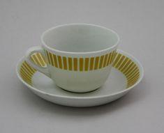 Arabia kahvikuppi, Kaide, Raija Uosikkinen Kitchenware, Tableware, Vintage Glassware, Scandinavian Style, Cup And Saucer, Metallica, Finland, Tea Pots, Retro