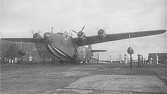 jap45.gif (522×296) Sea Planes, Imperial Japanese Navy, Navy Aircraft, Flying Boat, Dieselpunk, World War Ii, Airplanes, Wwii, Pilot