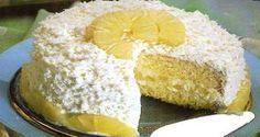 O Bolo de Abacaxi Trufado é simplesmente delicioso! Ele combina uma massa que derrete na boca com um recheio de doce de abacaxi com trufa de chocolate bran