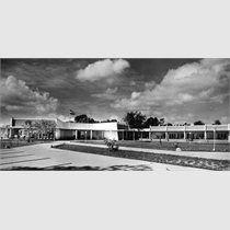 Vereniging Offciers Societeit (VOS), besloten club, Zorg en Hoop, Paramaribo, Suriname.