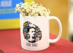 Estande Mimu - Evento Minha Arte no MON  #caneca #mug #presente #gift  #womanpower #girlpower #empoderamento #feminist #feminismo #poder #mulher #pintora #arte #frida #estande #pallet #decoração #bazar #ideia