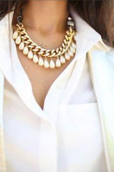 Love the hanging teardrop pearls