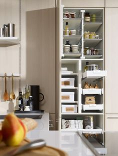 Fitted #kitchen SE 5005 L FloatingSpaces by SieMatic #interiors