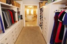 Gabby solis closet Gabrielle Solis, 2 Broke Girls, Big Little Lies, Upper East Side, Black Mirror, Desperate Housewives House, Bel Air, Victorian Style Homes, Space Architecture