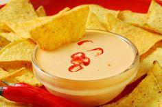 Post image for Dip de queijo cheddar picante para Doritos