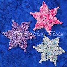 FREE PATTERN ~  blocked Mermaid Snowflakes