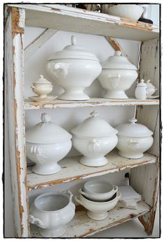 Ironstone tureens--I'm melting over these beauties White Dishes, Vintage Dishes, Vintage Decor, Shabby Chic, Stoneware, Pottery, Farmhouse Dinnerware, Collections, Kitchens