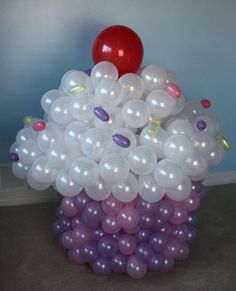 Oh I wish I'd seen this for my older daughters first birthday!!!!!!!!!