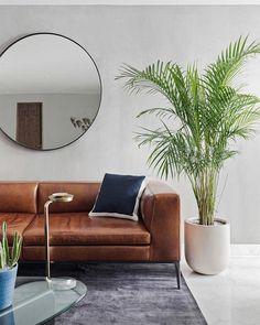 170m2 de elegancia midcentury modern en México. Y un par de sofás de cuero. Decoracion Vintage Chic, Sofas, Couch, Throw Pillows, Diy, Furniture, Home Decor, House Decorations, Leather Couches