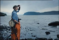 Annie Leibovitz Pete Seeger, Clearwater Revival,   Croton-on-Hudson, New York, 2001