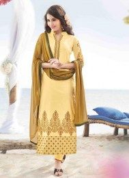 Be the dazzling diva clad in such a cream cotton satin designer suit with exquisite forms and patterns. The charming embroidered and resham work a significant attribute of this attire. Comes with matc. Salwar Kameez Online Shopping, Latest Salwar Kameez, Indian Salwar Kameez, Churidar, Lehenga Saree, Anarkali, Designer Salwar Suits, Designer Dresses, Satin Color