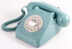 746 Retro Rotary Dial Phone in Blue. This traditional Rotary Dial Telephone in French Blue is based on the classic iconic 746 design telephone Telephone Vintage, Vintage Phones, Vintage Design, Retro Vintage, Vintage Style, Vintage Room, Desk Gifts, Retro Phone, Retro Lighting