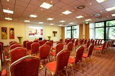 Eines der Konferenz- & Seminarräume / One of the conference and seminar rooms | RAMADA Hotel Bochum