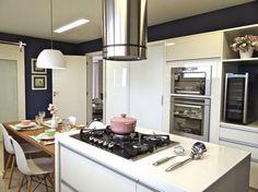 Jeito de Casa: Cozinha grande com ilha