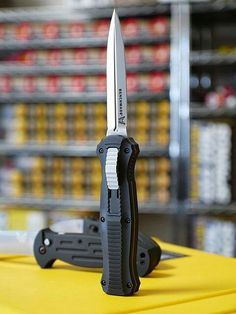 Benchmade••Infidel... I'd like a serrated blade