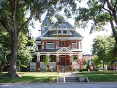 Paxton, IL Brick Victorian House By army.arch--dream home Style At Home, Beautiful Buildings, Beautiful Homes, House Beautiful, Future House, My House, Victorian Style Homes, Victorian Decor, Second Empire