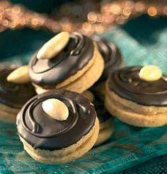 Upečte si CUKROVÍ podle HOROSKOPU. Jaké je nejlepší právě pro vaše znamení? | Kafe.cz Muffins, Food And Drink, Muffin, Cupcakes