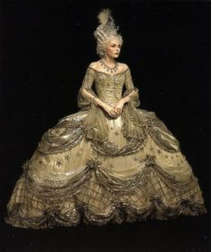"""And added bonus on this trip to my first convention was getting to see the """"Hollywood and History"""" movie costume exhibit at the Boston Museum Museum of Art.  I stood close enough to this silver gown worn by Norma Shearer in """"Marie Antoinette"""" (1938) to touch it!  I didn't though."""
