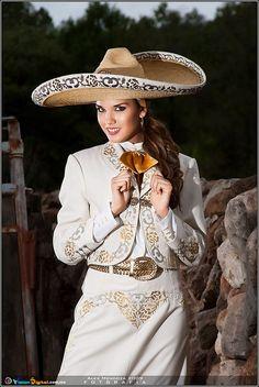 charra mexicana, traje tipico del Estado de Jalisco, Mexico