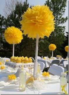 Enjoy your next party without breakng the bank.DIY yellow for Baby shower OR pink-Wedding shower, black-BD party or Graduation, red white & of july. Baby Shower Yellow, Baby Yellow, Do It Yourself Wedding, Ring Tutorial, Decoration Table, Yellow Flowers, Event Decor, Sweet 16, Paper Flowers