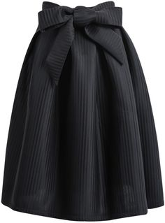 SheIn offers Black Bow Vertical Stripe Skirt & more to fit your fashionable needs. Bow Skirt, Black Pleated Skirt, Stripe Skirt, Dress Skirt, High Skirts, Cute Skirts, I Love Fashion, Modest Fashion, Fashion Outfits