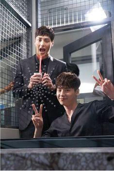 Cast of K-Drama 'W' goof around on set   Koogle TV