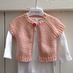 We love this pattern from Nat & Callie Knits. It is the quickest and easiest ever and best of all... No sewing up!! Hand knit with the lovely Katia Yarns Mali 100% cotton yarn.