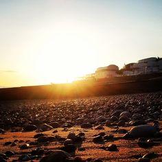 Fin de journée ensoleillée sur la plage du Havre - ©sebastien2l