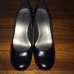 Black pumps Black pumps from Payless, heels are scratched up from wear, no damage to prevent wear. Shoes Heels