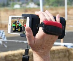 The PoiseCam is a device that will allow you to hold your iPhone from a side strap like a camcorder so that it's easier for you to videotape your ugly children without getting cramps in your hand. Per...