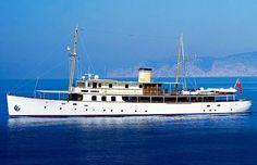 Fair Lady - the Honeymoon Yacht! Riva Boat, Yacht Boat, Yacht Design, Boat Design, Tug Boats, Motor Boats, Small Yachts, Yacht Week, Power Boats For Sale
