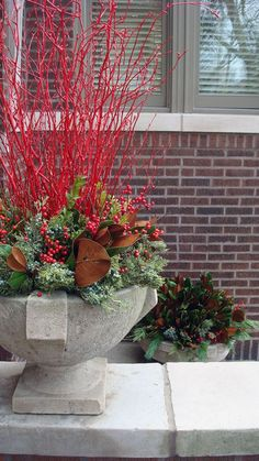 Thrilling About Container Gardening Ideas. Amazing All About Container Gardening Ideas. Christmas Urns, Christmas Planters, Outdoor Christmas, Winter Christmas, Fall Winter, Urban Garden Design, Winter Container Gardening, Container Plants, Container Design