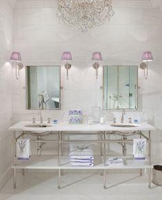 In Good Taste:Betty Lou Phillips - Design Chic #Homes #HomeDecorators #Bathroom