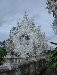 Wat Rong Khun, Chiang Rai, Thailand.