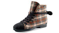 Reino sneakers from Finland. Handmade in Finland. Just gotta love em!