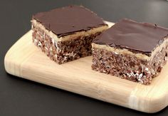 chockohlawtay: Mint Chocolate Krispy Treats