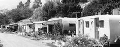 Paradise Cove, Malibu, CA back in the day. Now all homes sell for over and they rent the space. Vintage Campers Trailers, Retro Campers, Vintage Caravans, Rv Trailers, Paradise Cove Malibu, Vintage Rv, Vintage Photos, Vintage Style, Tin Can Tourist