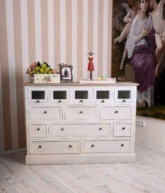 Klassisch schönes Sideboard im Landhausstil von Palazzo Int - stilvolle Möbel und Wohnaccessoires auf DaWanda.com