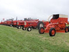 Lineup of Allis Chalmers tractors/products from the D motor grader  @ 2014 Ohio Farm Science Review