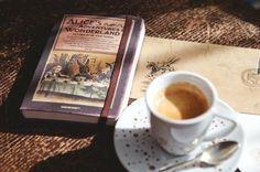 Chá com livros ...