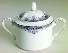 Love this sugar bowl!