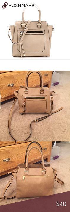 Spotted while shopping on Poshmark: Moda Luxe Chicago satchel - Ivory! #poshmark #fashion #shopping #style #Moda Luxe #Handbags