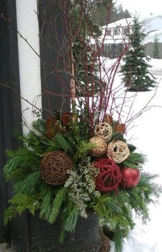 Christmas Decorations – Grand Entrance Display for Pickering College Tour- small urn by joyce Christmas Urns, Christmas Planters, Christmas Arrangements, Outdoor Christmas Decorations, Rustic Christmas, Christmas Projects, Winter Christmas, Christmas Holidays, Christmas Wreaths