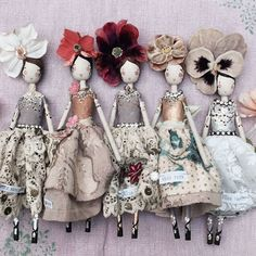 Fairy Dolls by Sam Mckechnie., The Magpie & the Wardrobe 2016 Tiny Dolls, Cute Dolls, Clothespin Dolls, Paperclay, Little Doll, Wooden Dolls, Doll Maker, Fabric Dolls, Rag Dolls