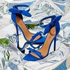 Pretty blue heels ==